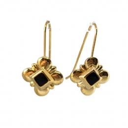 061581dbfb Χρυσά λεπτά σκουλαρίκια με κρεμαστούς ρόμβους από μαύρο σμάλτο